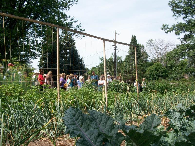 2012 Yard Smart Garden Walk