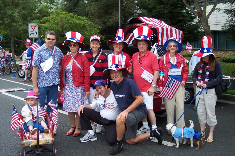 Meals on Wheels West in the Santa Monica July 4th Parade