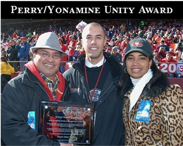Silicon Valley FACES receives 2010 49ers Perry/Yonamine Unity Award