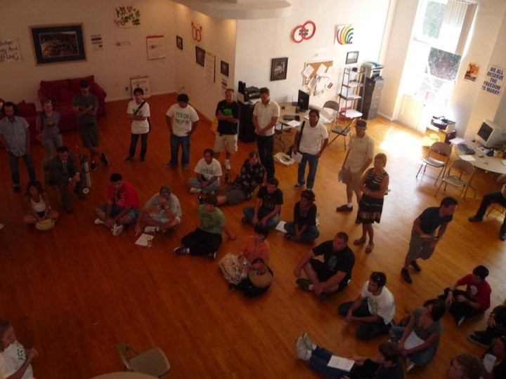 Great pictures from the Yes on Prop 19 September 11th canvass event. Nearly 35 volunteers showed up