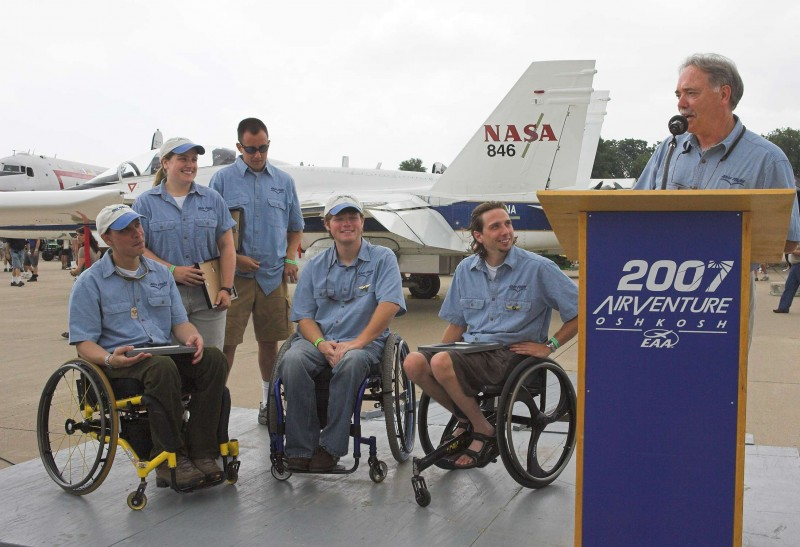 Able Flight ceremony at Oshkosh 2007