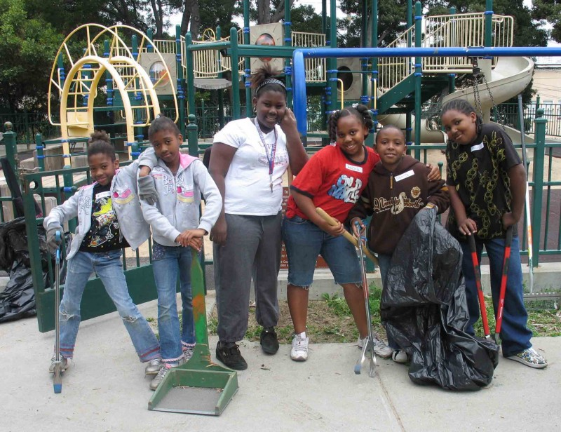 Neighborhood Youth Cleaning Koshland Park