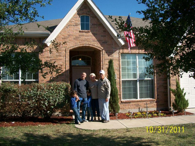 Wounded Hero Tim Apple receives the keys to his 100% mortgage-free home with his family!