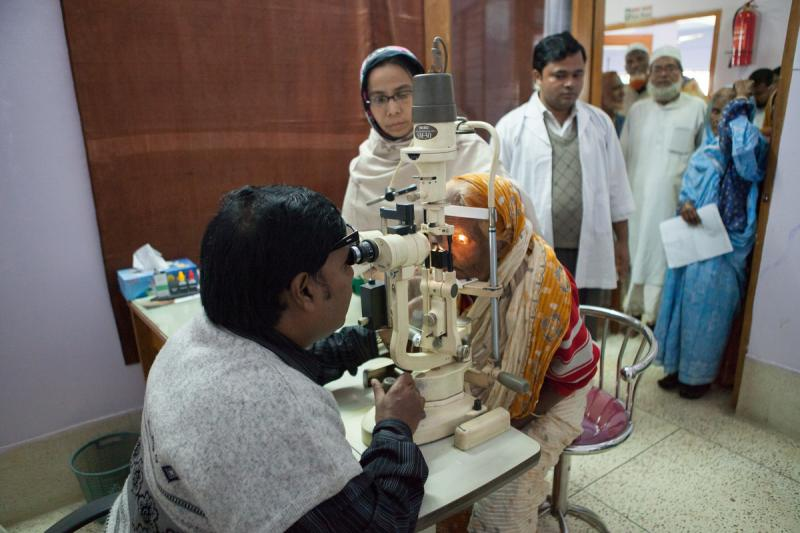 cataract surgery program