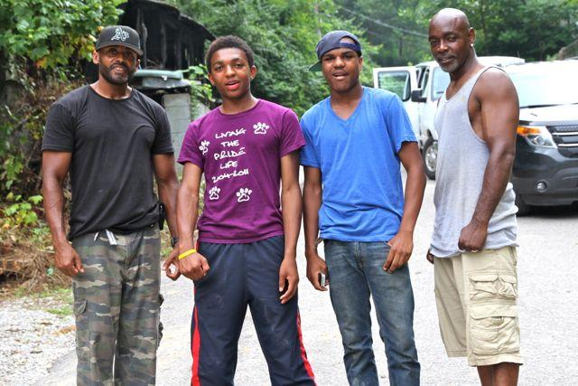 High school youth building homes in the mountains with their mentors
