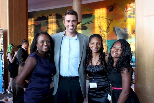 Jeremy Affeldt (SF Giants) at the 2013 Lazarex gala with Lazarex patient Brittani, her sister Brianna and their mom Marilyn.