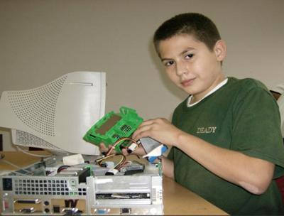 Students learn about computers!