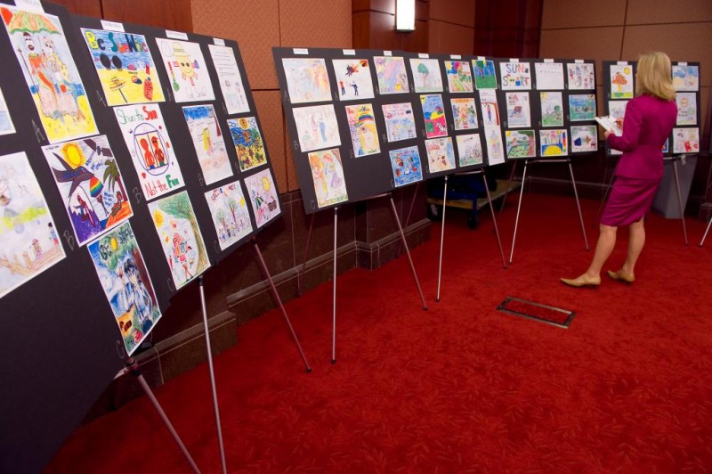 Judging 10,000+ poster entries