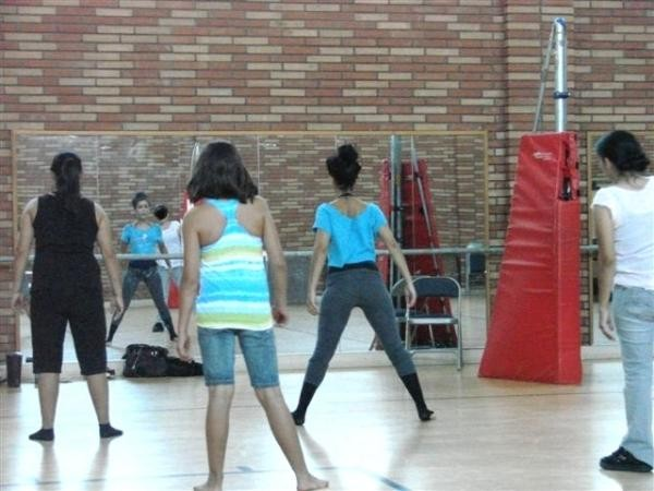 Foster girls at Maryvale learn to dance