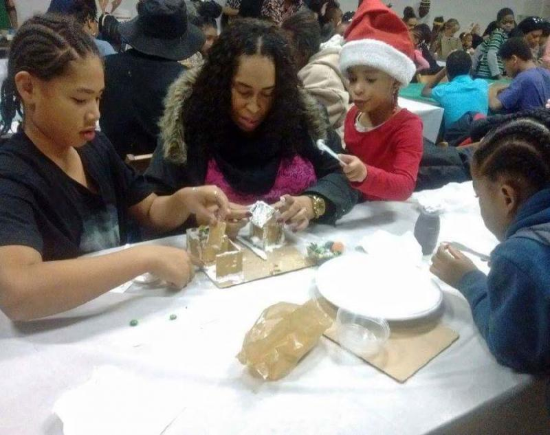 Family Building Drug-Free Gingerbread House