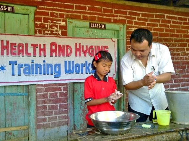 Teaching health and hygiene in India