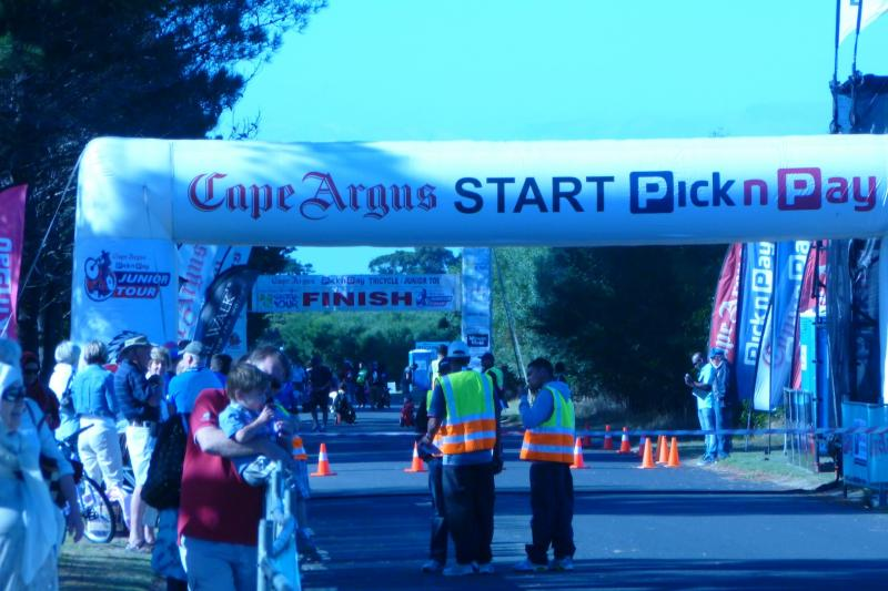 Cape Argus Pick n Pay Cycle Tour open 1pm 11/01/13 for entries, Race Days March 8th Junior & 9th Senior 2014 Please Sponsor a Child