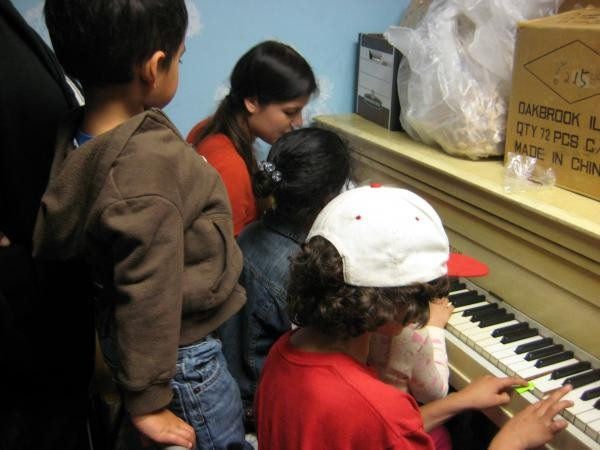 Gabriela Forgo teaches piano at homeless shelter