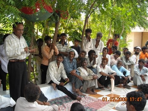 Community Meeting in Haripar Village, Maliya to discuss about fixing the road