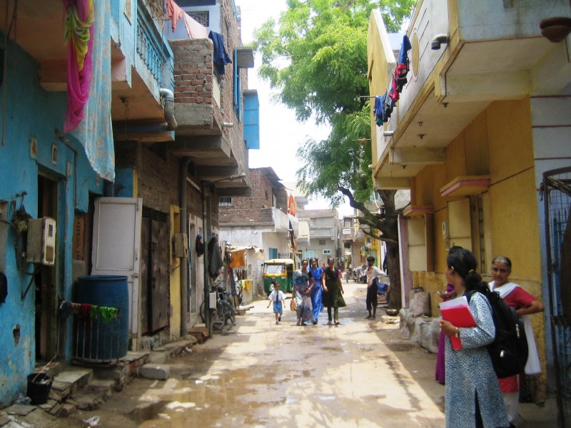 Pravinnagar-Guptanagar, Through the Slum Networking Project has all the basic amenities and services
