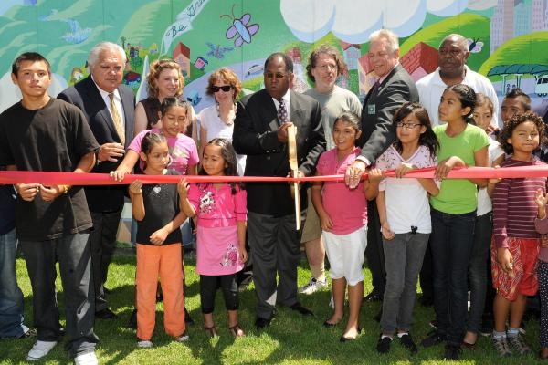 Mural unveiling at Lennox Park with Supervisor Ridley-Thomas
