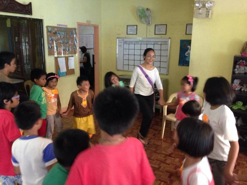 Children in the Philippines during SFK Class