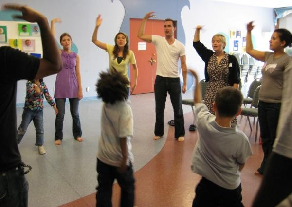 Abused kids learn improv from Vesper Theatre Group