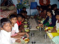 children eating