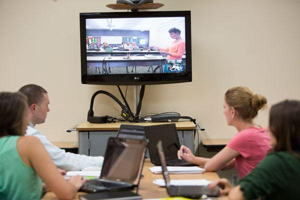 Neuhaus Education Center partners with Southern Methodist University and William Carey University to offer an innovative Master of Education in Reading and Writing.