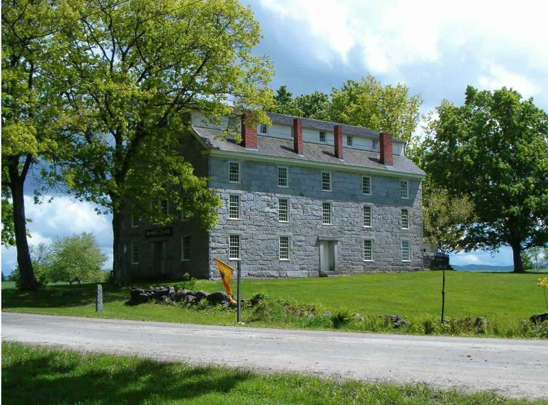 Old Stone House Museum in Summer
