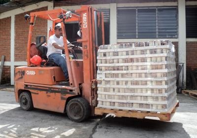 USA New Horizons sent over 57,000 cans of Amy's Kitchen Organic Soup to a non-profit in El Salvador.
