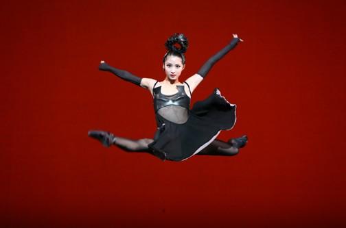 Ballet: Divergence. Choreographer: Stanton Welch. Dancers: Nozomi Iijima. Photo: Amitava Sarkar