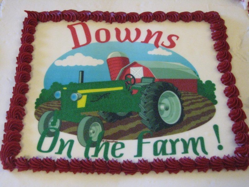 DOWNS ON THE FARM Logo