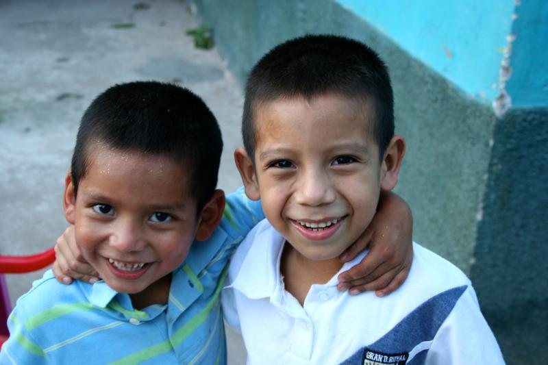 copan single parents Tours in honduras, visit honduras with the best tourguides hike in gracias, visit the mayan ruins in copan swim, snorkel or scuba dive in roatan, utila or any of the bay islands.